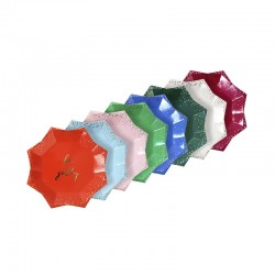 Piattini di carta colorati a forma di stella