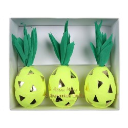 Pineapple Surprise Balls S/3