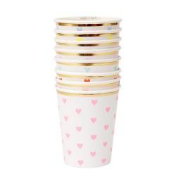Bicchieri di carta con cuoricini colorati
