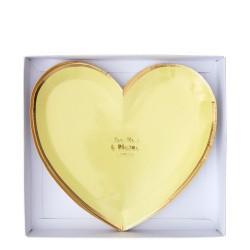 Piattini di carta a forma di cuore pastello