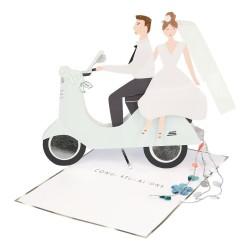Biglietto di congratulazioni Sposi in scooter