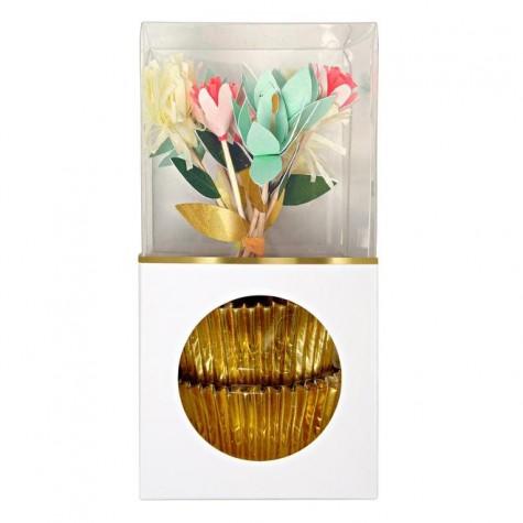 Pirottini dorati e toppers floreali per cupcake