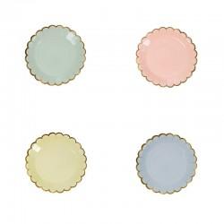 Piattini di carta colorati