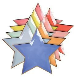 Piatti di carta a forma di stelle colorate
