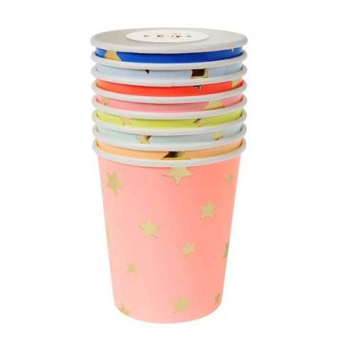 Bicchieri di carta colorati