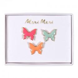 Spilla smaltata a forma di farfalla