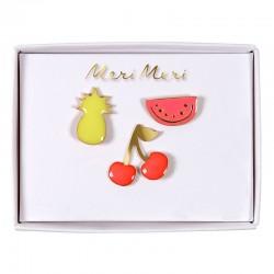 Spilla smaltata a forma di frutta